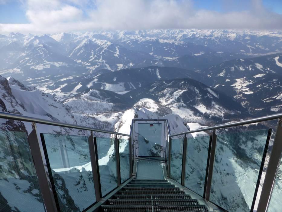 Ski resort Dachstein Glacier (Dachsteingletscher) - Skiing ...