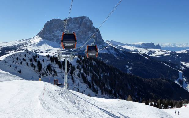 ski resort Dolomites Val Gardena - View from Dantercepies towards the Sassolungo