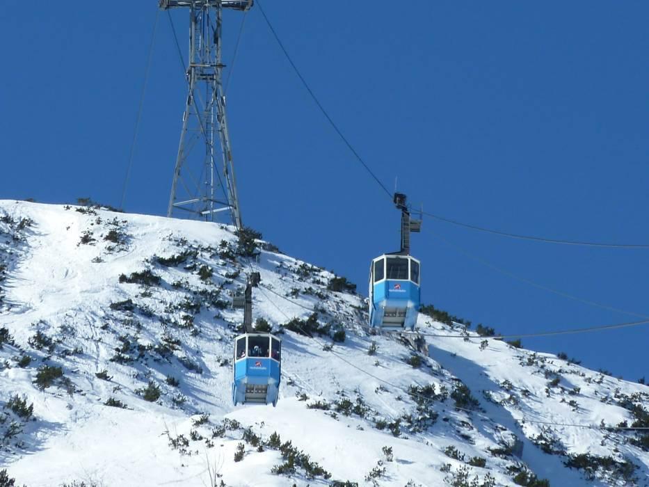 Ski resort Garmisch-Clic – Garmisch-Partenkirchen ... on bansko ski map, madonna di campiglio ski map, tamarack resort ski map, courchevel ski map, germany ski map, garmisch-partenkirchen ski poster, st. moritz ski map, deer valley ski map, cortina d'ampezzo ski map, buck hill ski map, chamonix ski map, klosters ski map, kitzbuhel ski map, grenoble ski map, schladming ski map, zermatt ski map, europe ski map, garmisch-partenkirchen ski jump,