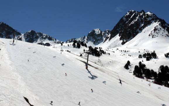 andorra best ski resorts andorra top ski resorts. Black Bedroom Furniture Sets. Home Design Ideas