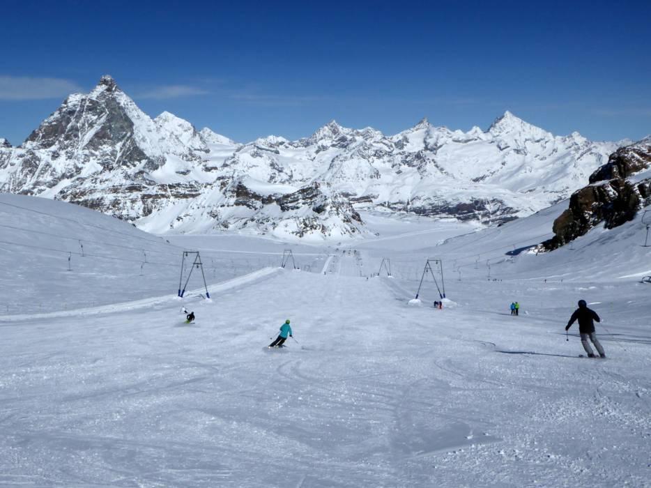 Slopes ZermattBreuilCerviniaValtournenche Matterhorn Runsski