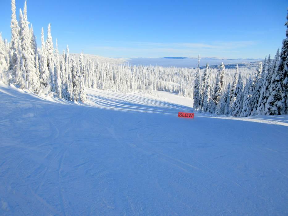 ski resort sun peaks skiing sun peaks. Black Bedroom Furniture Sets. Home Design Ideas