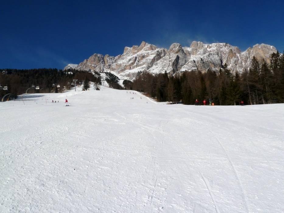 Ski resort Cortina dAmpezzo Skiing Cortina dAmpezzo