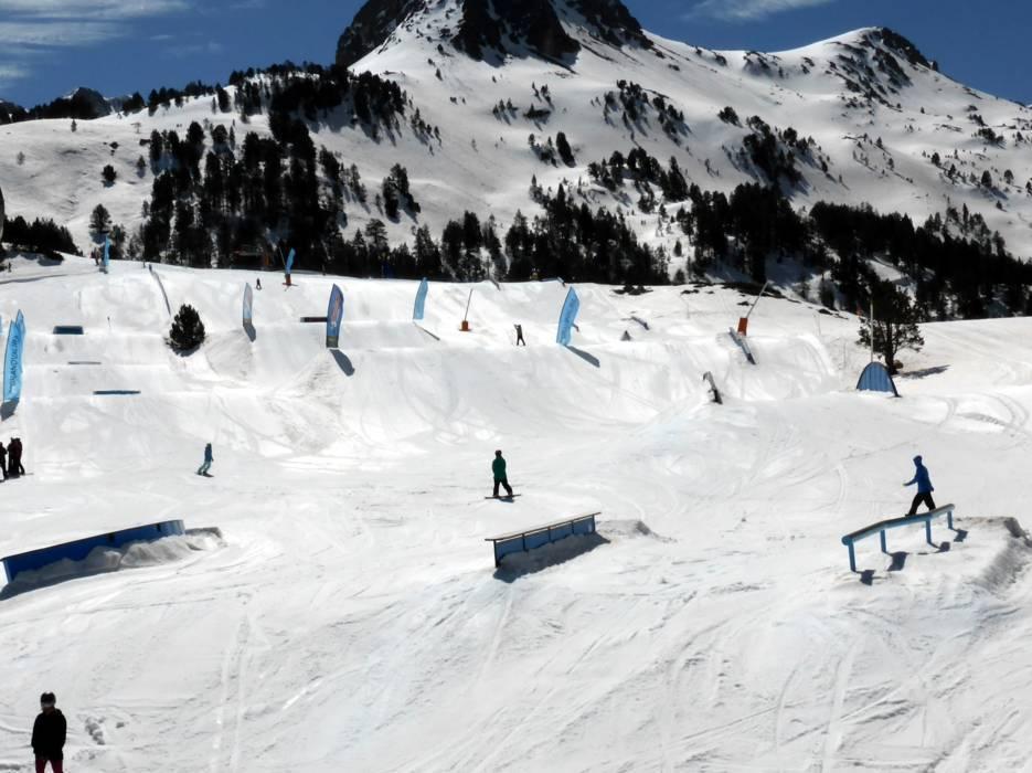 Ski resort grandvalira pas de la casa grau roig soldeu el tarter canillo encamp skiing - Webcams pas de la casa ...