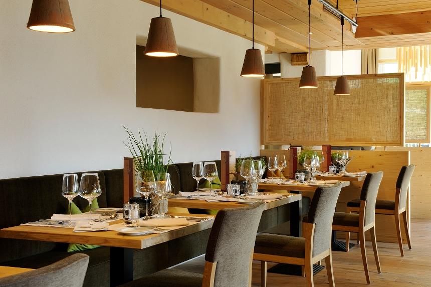 Holzhotel forsthofalm in leogang for Leogang design hotel