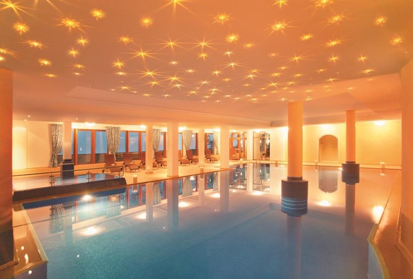 Hotel alpenhof in tux zillertal for Design hotel zillertal